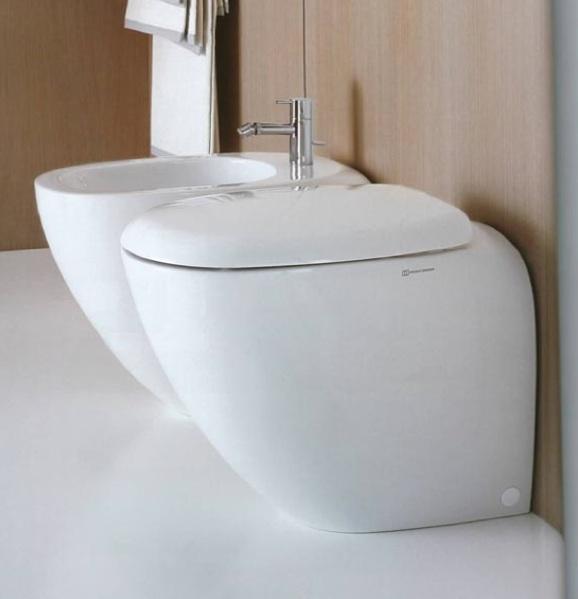 Sanitari bagno pozzi ginori appoggio vaso sedile e bidet for Arredo bagno pozzi ginori