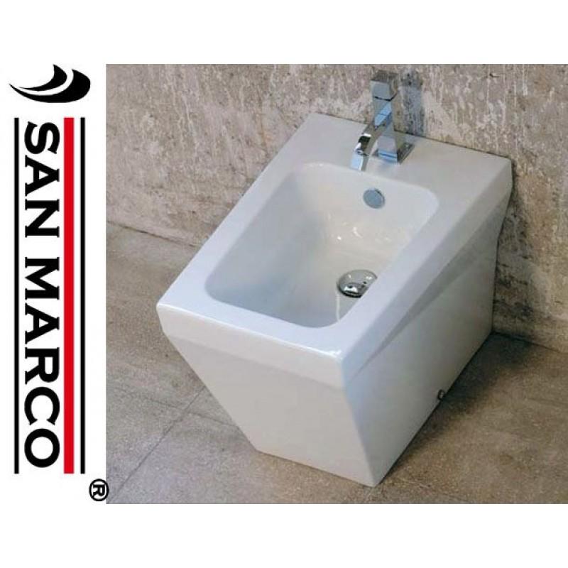Sanitari filo parete con wc e bidet san marco for Sanitari filo parete