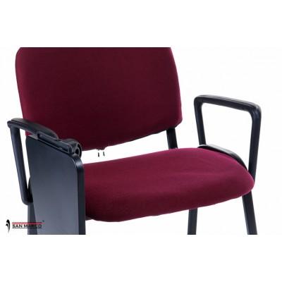 Sedie rosse con scrittoio ribaltabile per conferenza o sale riunioni ...