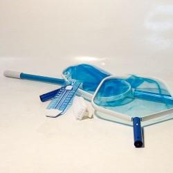 Kit di pulizia manuale con retini, termometro e spazzola