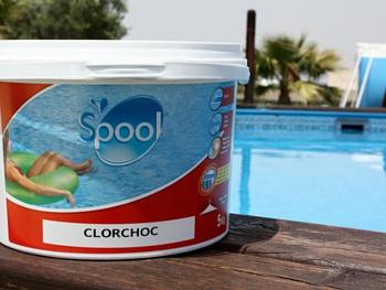 Cloro shock e dicloro per piscine fuori terra e interrate for Clorazione piscine