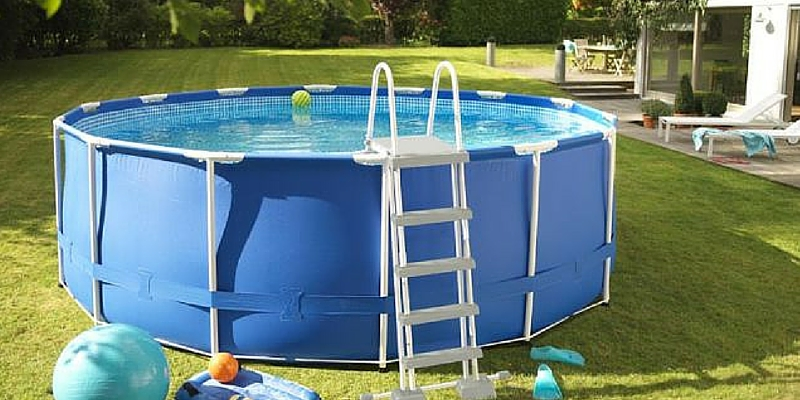 Come scegliere la tua prima piscina fuori terra blog - Piscina fuori terra costi ...